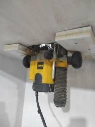 Tupia Eletrônica de Coluna 1.100 Watts DW621 - DeWalt 110v