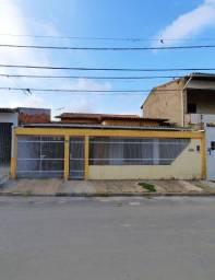 Casa ESPAÇOSA para alugar na Cidade Operária (3 QUARTOS)