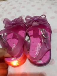Vendo sandalinha N.19 e 20