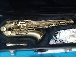 Saxofone tenor Engle