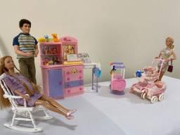 Barbie Quarto de Bebê + Baby Sitter