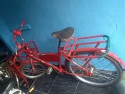 Vendo bicicleta carqueira. Valor 400 reais