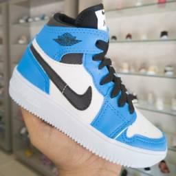 Título do anúncio: Infantil Nike Jordan 1