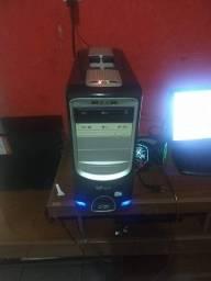 Vendo PC gamer Roda vários jogos GTA 5 free fire etc..  (troco em moto de leilão TB)
