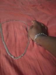 Cordão de prata e pulsera