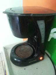 Cafeteira funcionando
