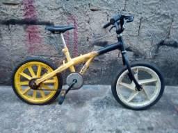 Bike Infantil Aro 16 - Prontinha para seu filho aproveitar férias