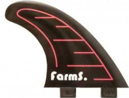Quilhas medias marca farms semi novo sem detalhes!!!