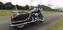 Harley Davidson Road King.