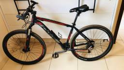 Bike Oggi Big Wheel 7.1 vermelho/preto Acera