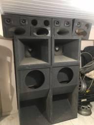 Vendo caixas de som LEIA A  DESCRIÇÃO !!