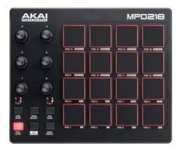 Controlador de DJ Akai MPD218 preto