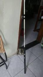 Vendo um mulinente com vara.de fibra.de.carbono tamanho.2.m.e.30