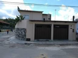 Ótima residência, casa com 04 suítes e fino acabamento e com dois pontos comerciais