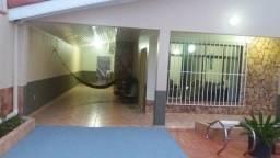 Vendo Casa no Bairro Igarapé com 3 Quartos