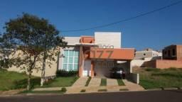 Casa de condomínio, super aconchegante com 3 dormitórios à venda, 167 m² por r$ 550.000 -
