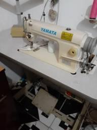 2 máquinas reta industrial 1.000 reais cada