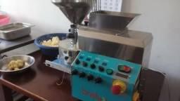 Máquina de Salgados - Modelo Picola 1.8 da Bralix