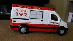 Miniatura Ambulância do SAMU