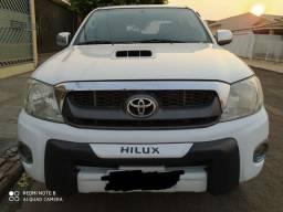 Toyota Hillux SRV diesel automática