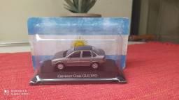 Miniaturas lChevrolet Corsa gls 1997 marca ixo escala 1/43 autos inolvidables Argentinos