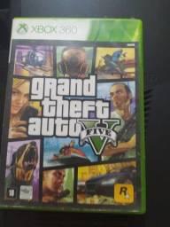 Jogo GTA V usado com dois CDs para Xbox 360