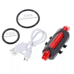 Título do anúncio: Lanterna traseira recarregável USB para bike