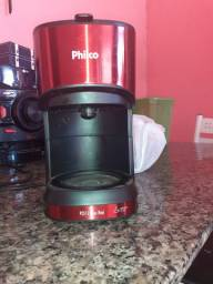 Vendo cafeteira por 100 reais ops: só está sem o copo mais está funcionando tudo