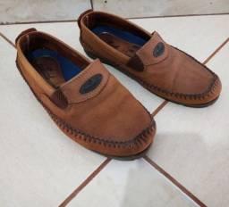 Sapato em couro 39