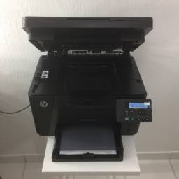 Impressora HP Color LaserJet Pro MFP M176n