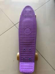 Vendo lindo skate Penny Cyclone em excelente estado.