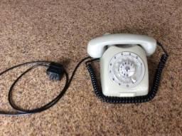 Telefone antigo de disco Ericsson