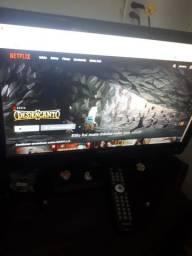 Tv monitor em bom estado