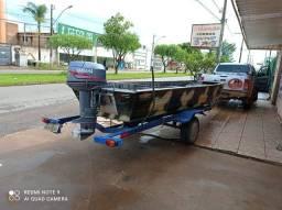 Barco, motor e carretinha