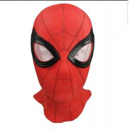 Máscara do Homem Aranha cosplay.