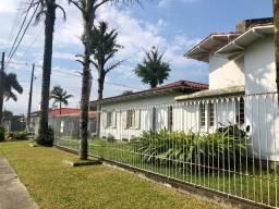 Casa exclusiva - Jardim Maristela - 2 terrenos com piscina