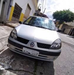 Renault clio hatch authentique 1.0 16v 2004