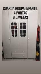 Quatro portas Duas gavetas mais