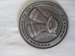 Medalhao Oakley