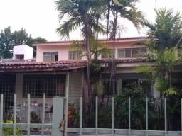 Título do anúncio: Casa bairro Casa Amarela, 330m2, 05qtos sendo 2 suítes e uma maser, sala de jogos, oficina