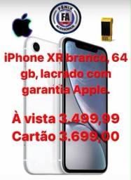 iPhone XR 64GB branco, lacrado com nota fiscal