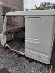 Vendo cabine Scania 113 bicudo