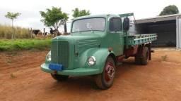 Caminhão antigo - mercedes benz ano 1957 ( torpedo )