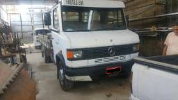 Caminhão 609 plus - 1993