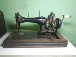 Máquina de costura relíquia