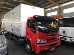 Caminhão Vertis 90v18 baú 6,20 motor cumins - 2013