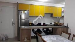 LAURO DE FREITAS, CAJI! Apartamento com 2/4 sendo 1 suíte, são 51m² de área construída, em