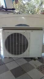 Ar-Condicionado Komeco 9000BTUs com Controle