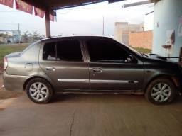 Renault Clio sedan mais top da categoria.(zap *) - 2006