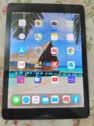 Apple iPad 6ª Geração 32gb 9.7 Polegadas 2018